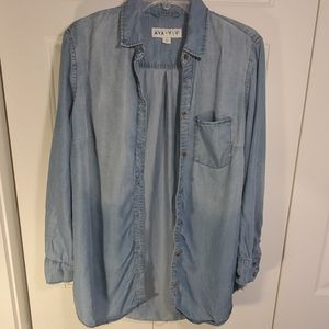Ava & Viv Blue Chambray Shirt Size 1X